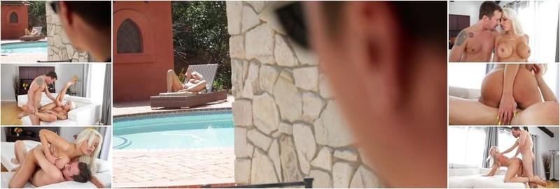 Nina Elle - Busty Housewives 8 (FullHD)