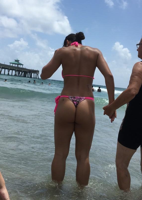 latina babe in naughty bikini