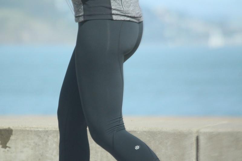 walker babe in lululemon yogapants