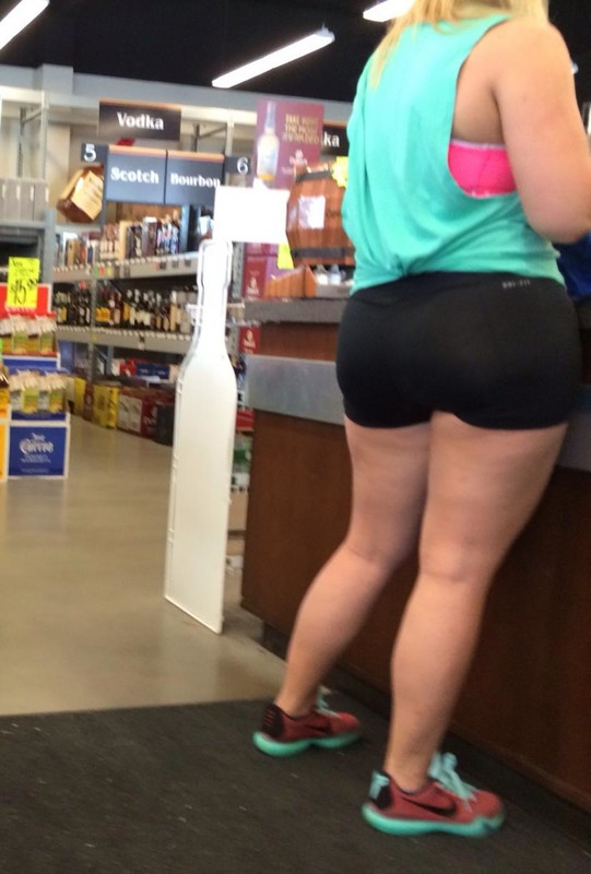 blonde pawg in spandex gym shorts