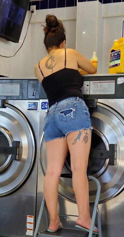 laundromat booty in denim shorts