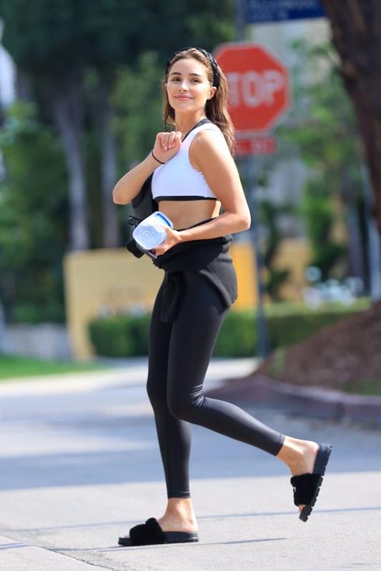 adorable lady Olivia Culpo in cute gym uniform