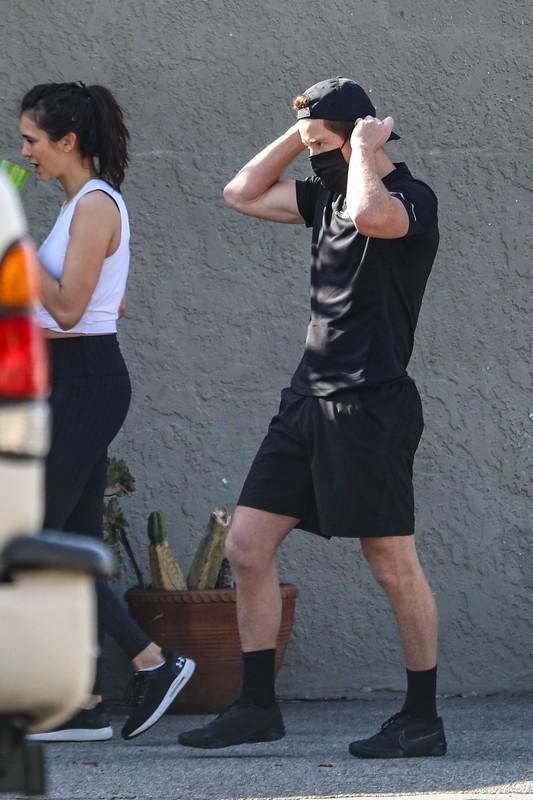 handsome actress babe Nina Dobrev sexy workout photos