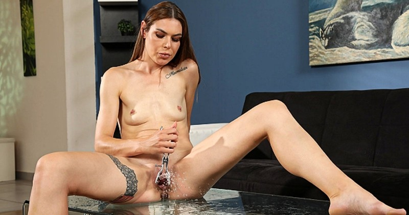 Jessica Bell - White And Wet [FullHD 1080P]