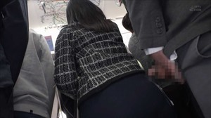 DANDY-642 Crowded Trains Tackled By Tight Skirts sc1