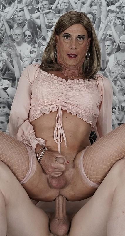 Jeanne Mature Crossdresser Enjoys Her Big Dick Alpha On (22 September 2021)