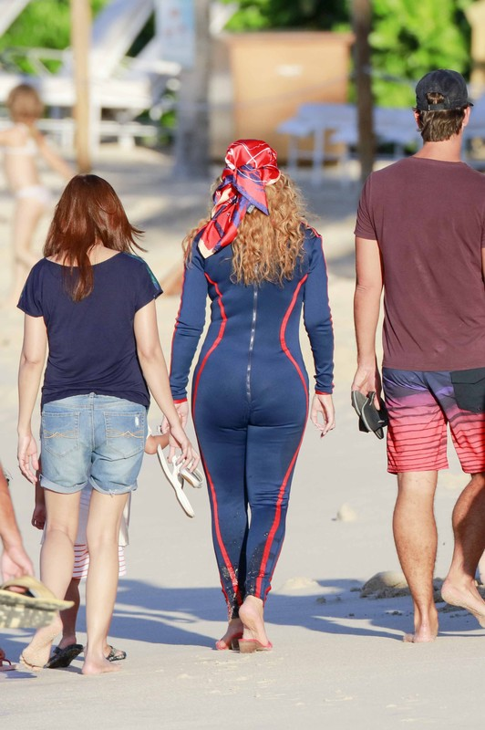 hot babe Mariah Carey in jumpsuit