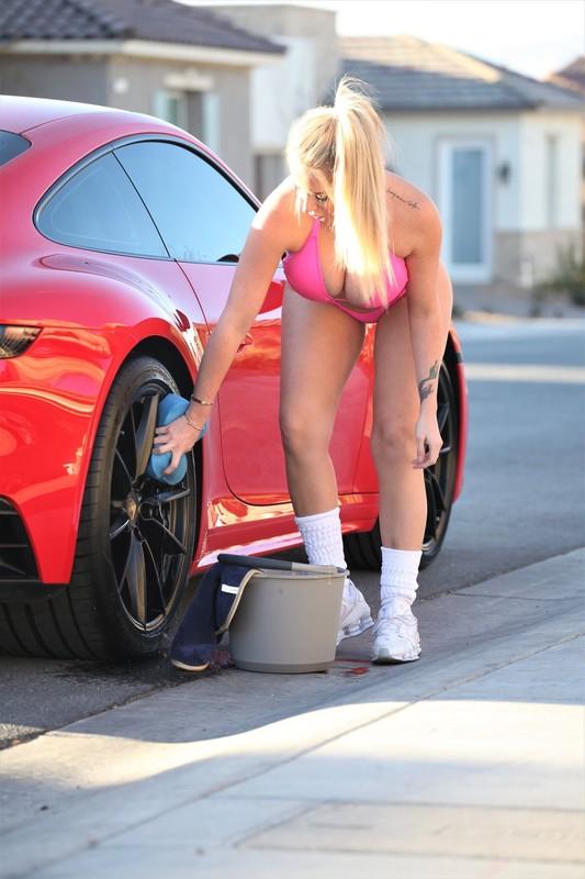 hot blonde babe Claudia Fijal in pink bikini