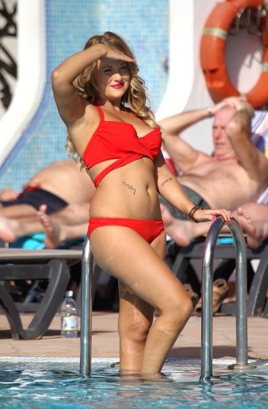 wet milf Selina Waterman Smith in red bikini