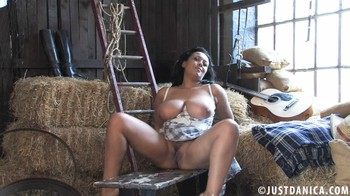 Donna Ambrose - A Roll In The Hay, 1080p