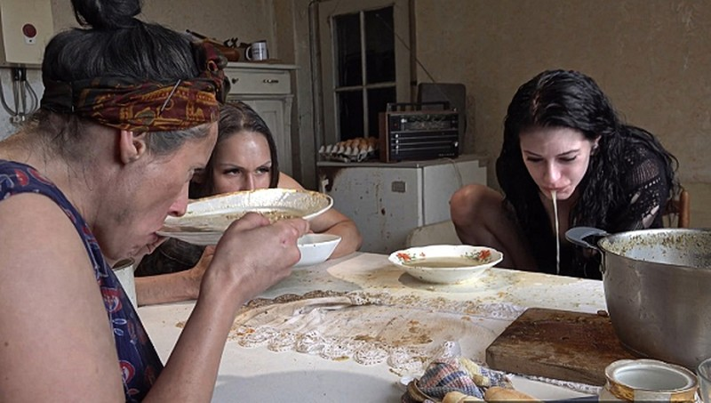 Perversefamily - Food Poison [UltraHD/4K 2160P]