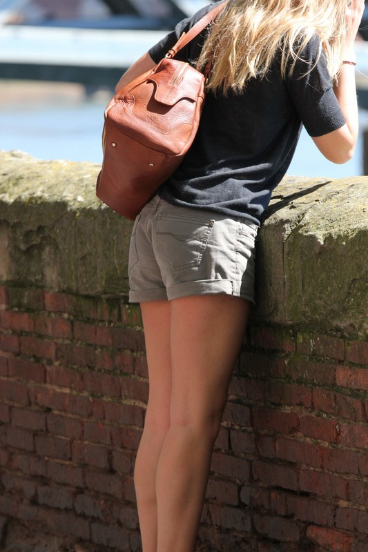 handsome lady in sexy shorts