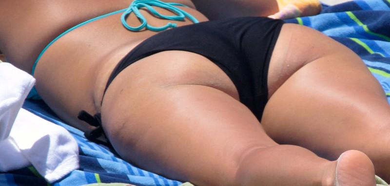 brunette milf in sexy bikini & bonus