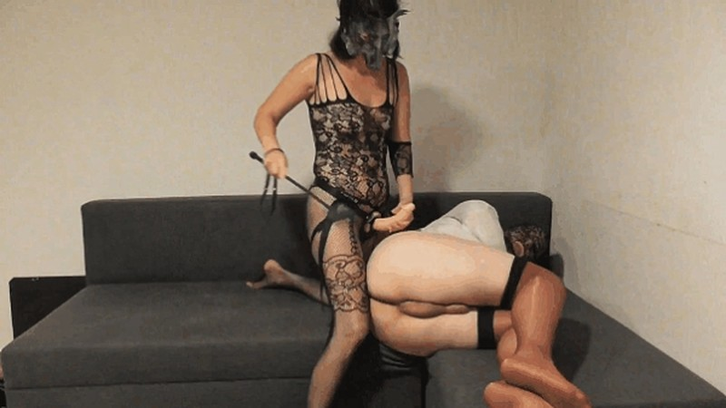 The Wolf is coming extreme whipped anal in straitjacket [FullHD 1080P]